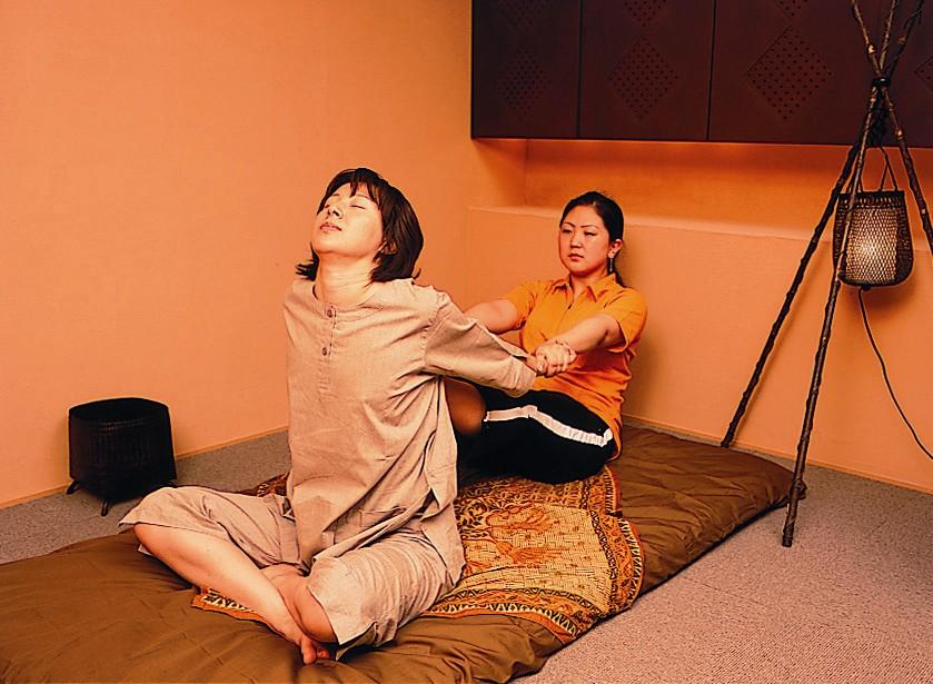 タイ古式療法