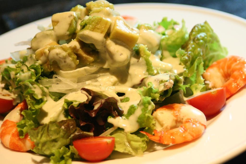 海老とアボカドのサラダ3