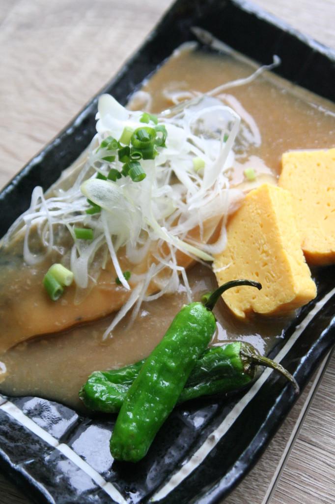 サバの味噌煮縦