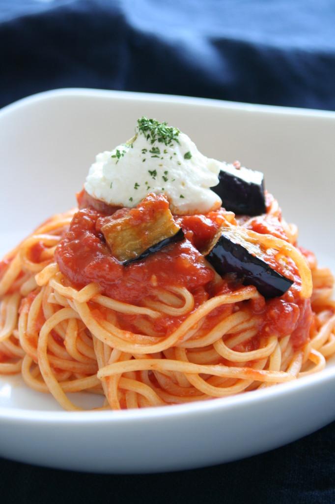 ナスのトマトソーススパゲティ